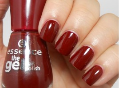 Set de uñas y esmalte en Doré para una manicura francesa perfecta