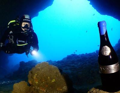 Bautismo de buceo Bodega Submarina Calpe con degustación de vino envejecido bajo el mar