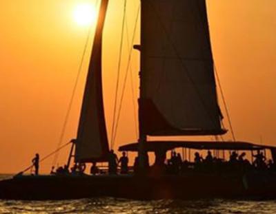 Paseo en Catamarán en Denia para ver la Puesta de Sol + Copa de Cava