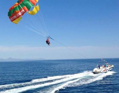 Vuelo en Parasailing en Denia ¡Toca el cielo desde el mar!