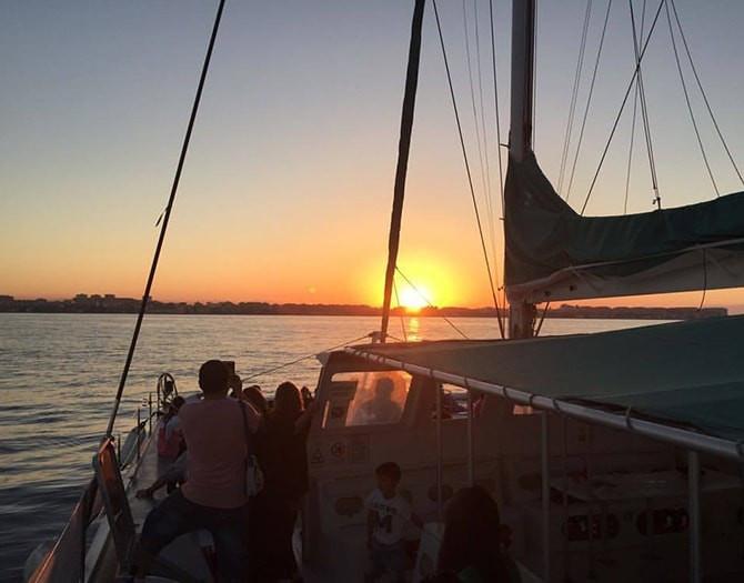 Puesta de Sol en catamarán en Jávea