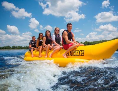 Banana Boat en Javea ¡Pura diversión y adrenalina!