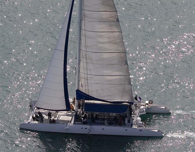 Catamarán en Altea
