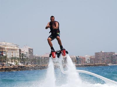 Flyboard en Torrevieja. ¡Adrenalina en estado puro!