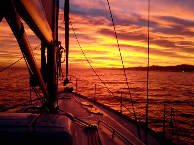 puesta de sol velero alicante