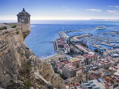 Visita guiada en Alicante con comida o cena en el Castillo