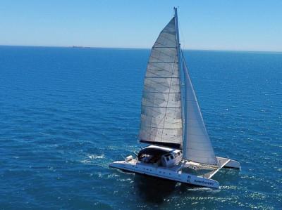 Excursión en Barco en Alicante ¡Sube a bordo de un catamarán!