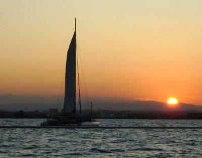 Paseo en Catamarán en Valencia para ver la Puesta de Sol + Coctel