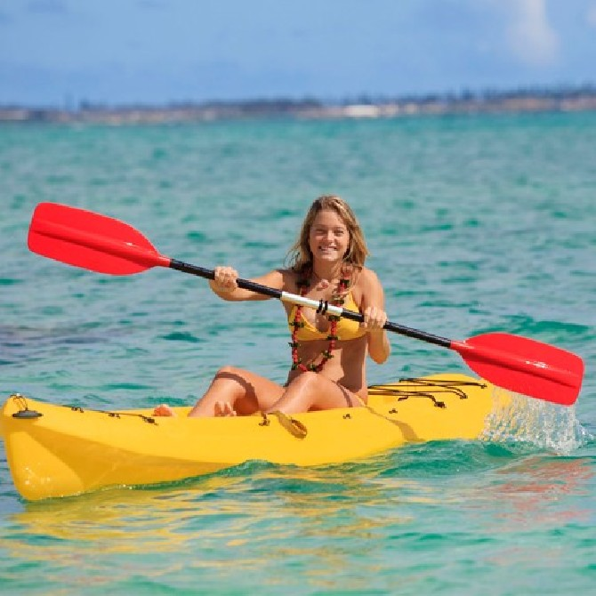 Alquiler de Kayak en Moraira en la Playa de L´Ampolla
