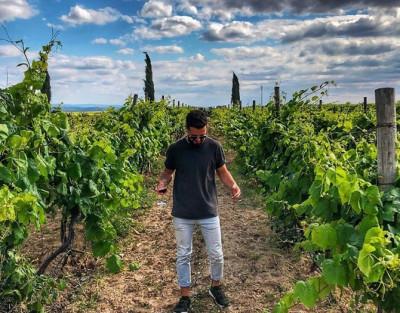 Visita a Bodega + Cata de 3 Vinos y Maridaje de Embutidos con opción a Comida