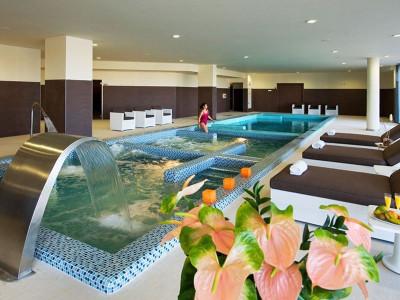 Circuito Spa en Torrevieja + Masaje en Hotel La Finca Golf Resort*****