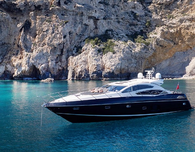 Alquiler de Barco Privado en Denia. Un lujo en el mar