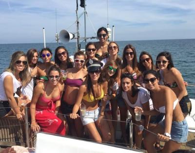 Fiesta en Barco en Gandia ¡La mejor fiesta para tu despedida!