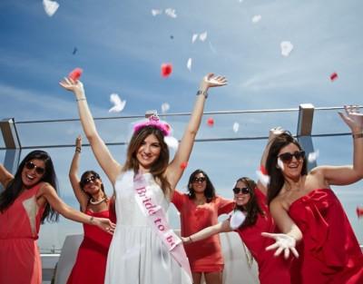 Fin de Semana de Despedida de Soltera/o en Valencia con Fiesta en Barco