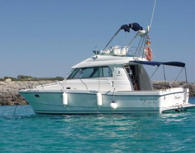 Paseo en barco en Jávea. Alquila un barco privado en Jávea