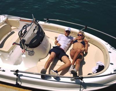 Alquila tu barco sin licencia en Torrevieja