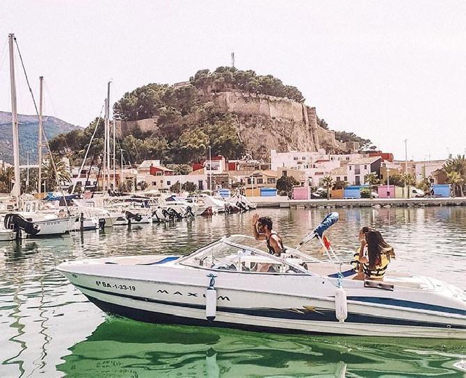 Cova tallada Denia excursión en barco