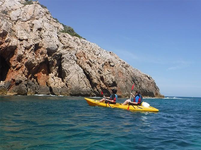 Excursión en Kayak + snorkel a la Cova Tallada