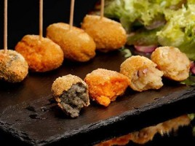 Menú Gourmet en Altea para 2 personas con aperitivos, entrantes, principales, postre y bebida