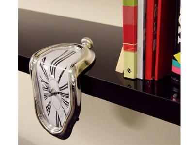 Reloj derretido estilo Dalí. Un regalo original y divertido