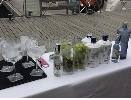Gin Herbes Exclusive&Drinks en Gata de Gorgos-foto1