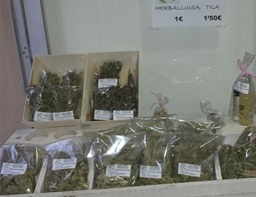 Gin Herbes Exclusive&Drinks en Gata de Gorgos-foto3